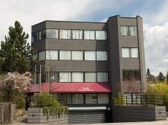Palagon - 2030 Marine Drive , Vancouver - V7P 1V7
