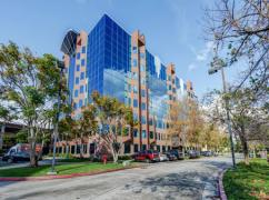 CA, Cerritos - Cerritos Towne Center (Regus), Cerritos - 90703