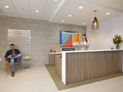 CA, Burbank - Burbank Business District (Regus) Ctr 3688, Burbank - 91502