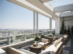 Hills Penthouse, Los Angeles - 90069