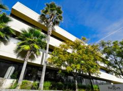 CA, Santa Monica - Yahoo Center (Regus), Santa Monica - 90404
