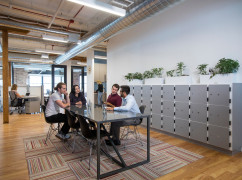 ON, Toronto - Spaces Gladstone (Regus) Ctr 5129, Toronto - M6J 1M3