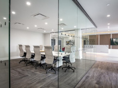 Harboufront Business Centre, North Vancouver - V7M 1A4