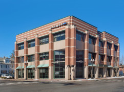 CT, West Hartford - Main Street (Regus) Ctr 3734, West Hartford - 06107