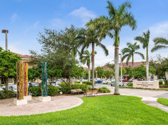 Whispering Woods Center, Coral Springs - 33067