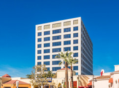 UTR-Premier Business Centers - University Tower, Irvine - 92612