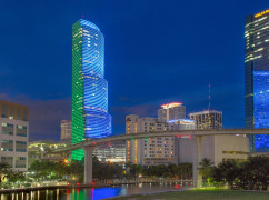 MT1-Premier Business Centers - Miami Tower, Miami - 33131